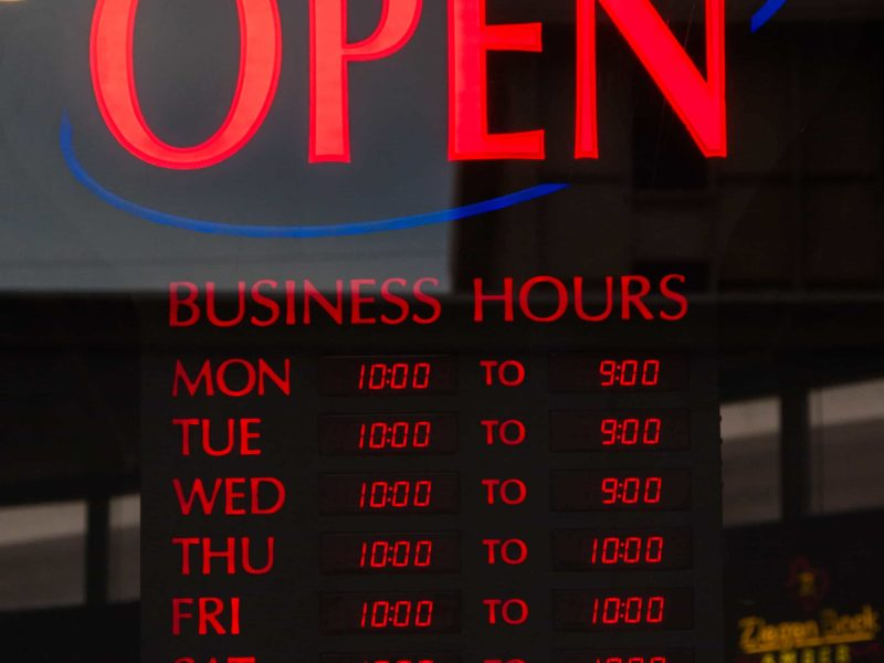 Nick's-Grill-Open-Hours